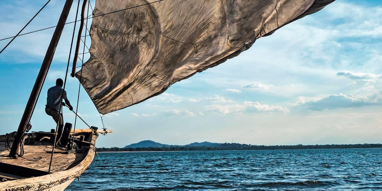 Bateau de pêche sur le lac Malawi
