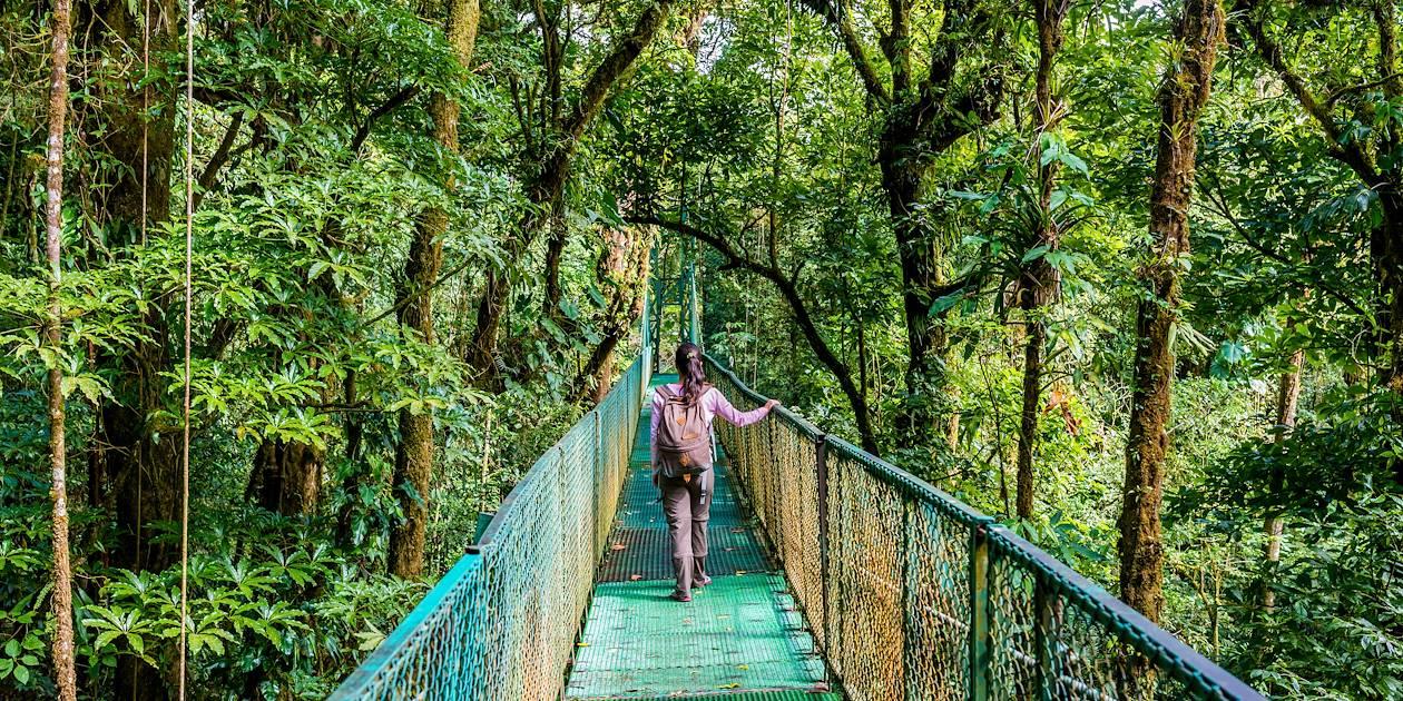 Pont suspendu dans la réserve de Monteverde - Costa Rica