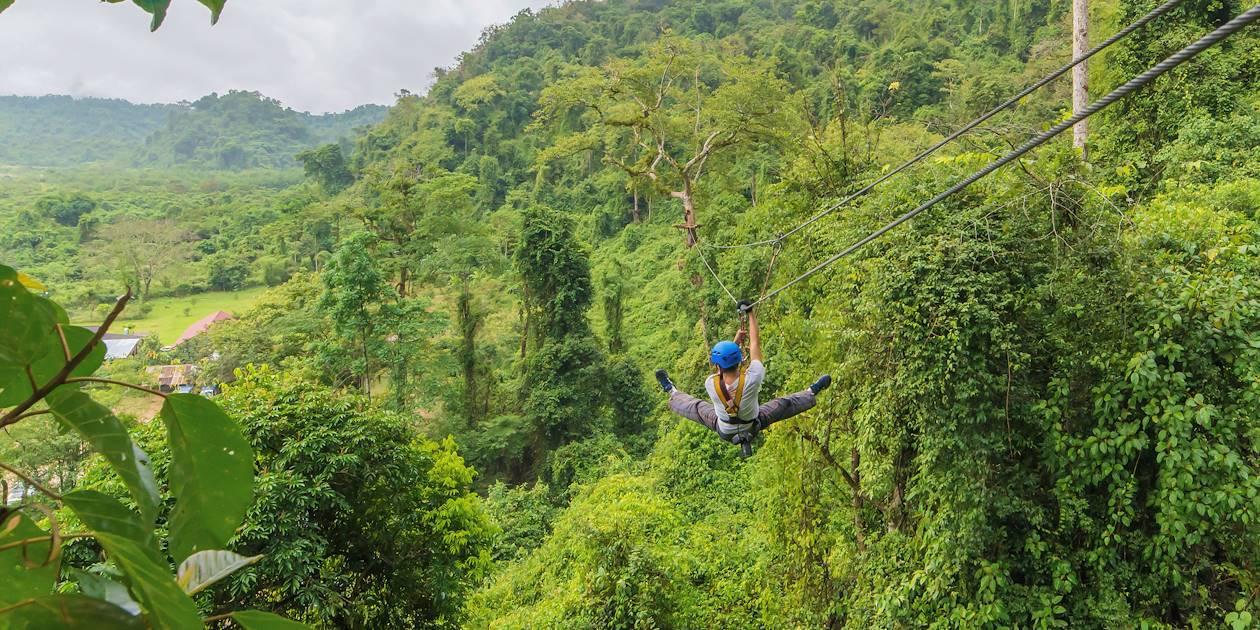 Tyrolienne dans la canopée - Costa Rica