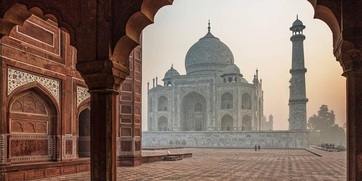 Taj Mahal, au lever du soleil - Agra - Inde