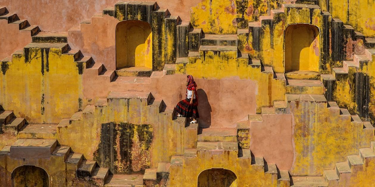 Chand Baori, puit en escaliers au Rajasthan - Inde