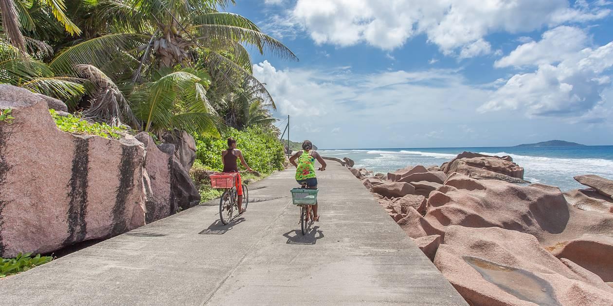 Location d'un vélo sur la Digue - La Digue - Seychelles