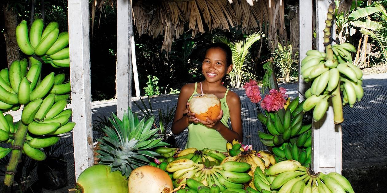Vendeuse de fruits - Seychelles