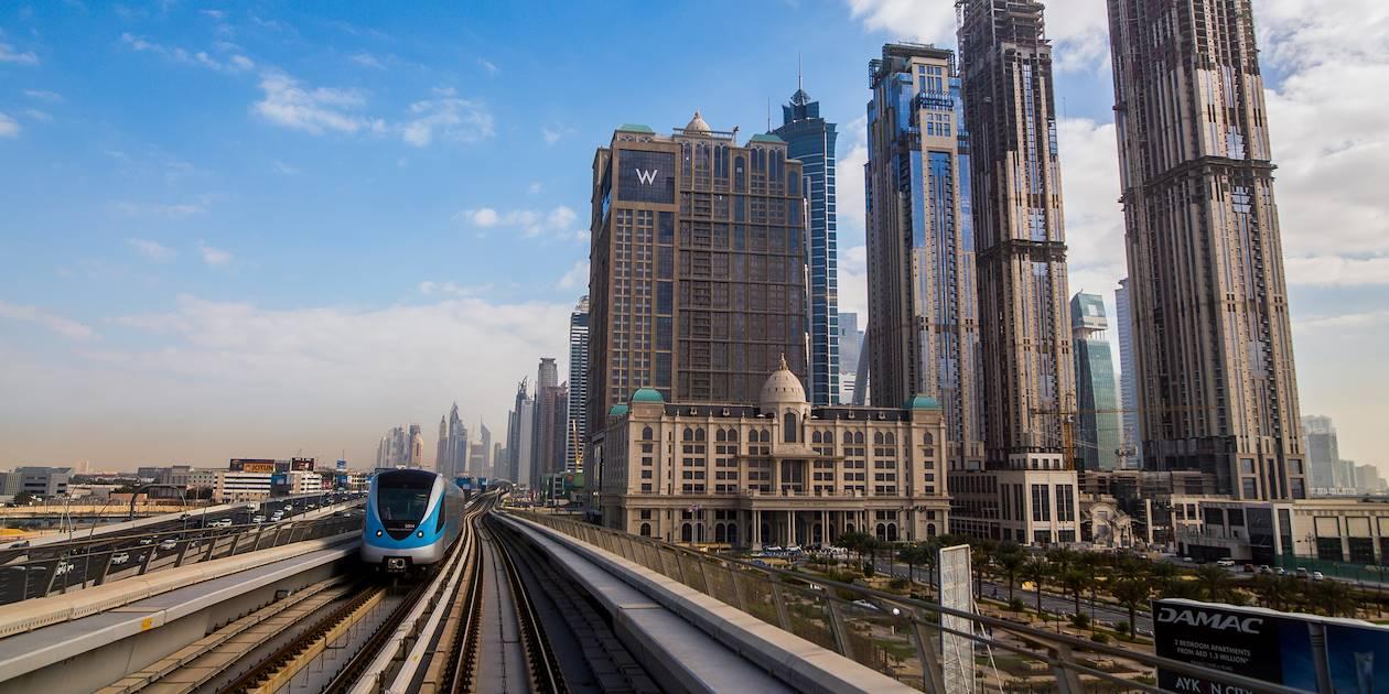 À bord du métro aérien - Dubaï - Emirats Arabes Unis