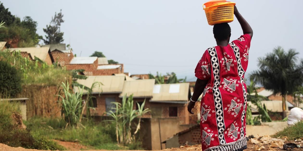 Balade à travers les villages isolés - Parc National de Kibale - Ouganda