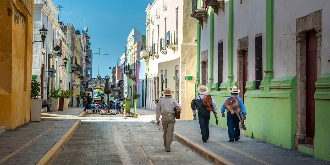 Mariachi dans les rues de Campeche - Mexique