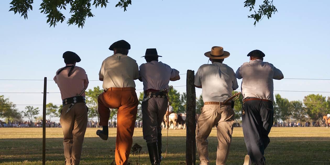 Des gauchos pendant la Fiesta de la Tradicion - San Antonio de Areco - Argentine