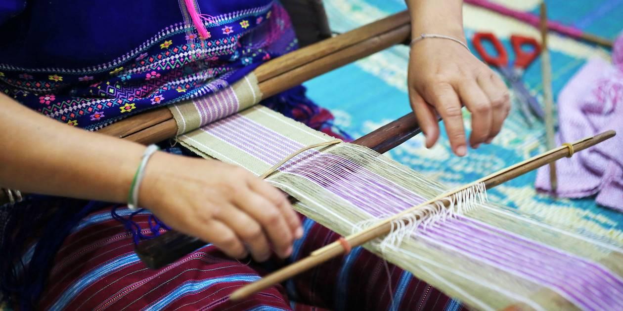 Tisserand de soie - Cambodge