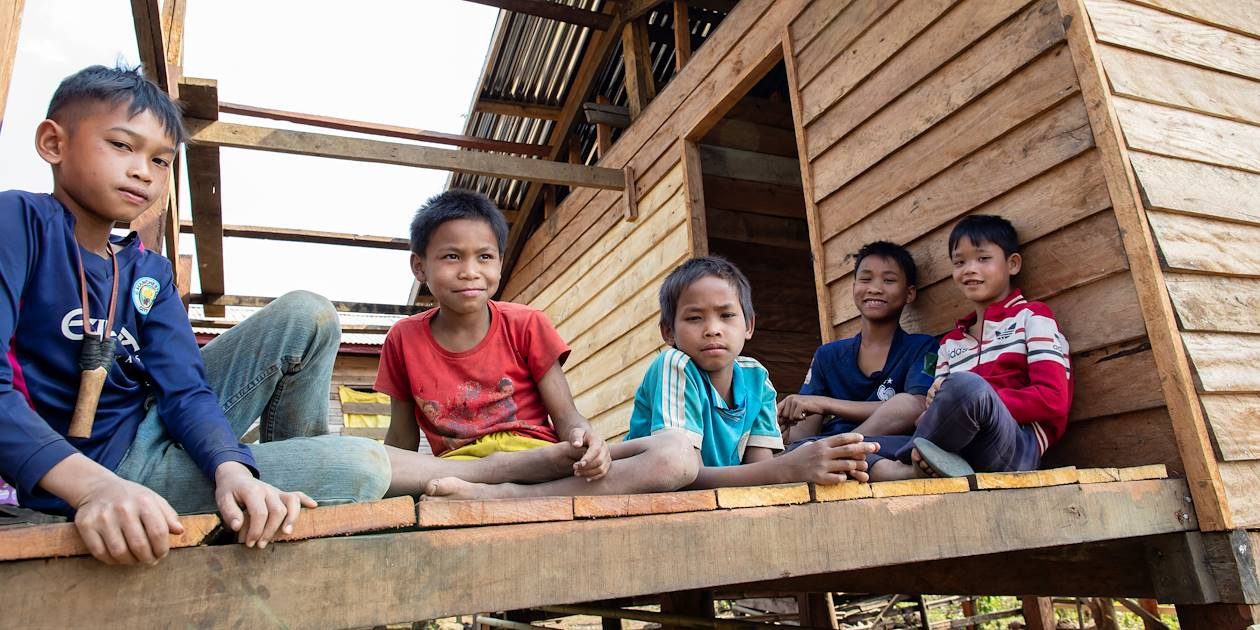 Rencontre avec les To-Oy - Plateau des Boloven - Laos