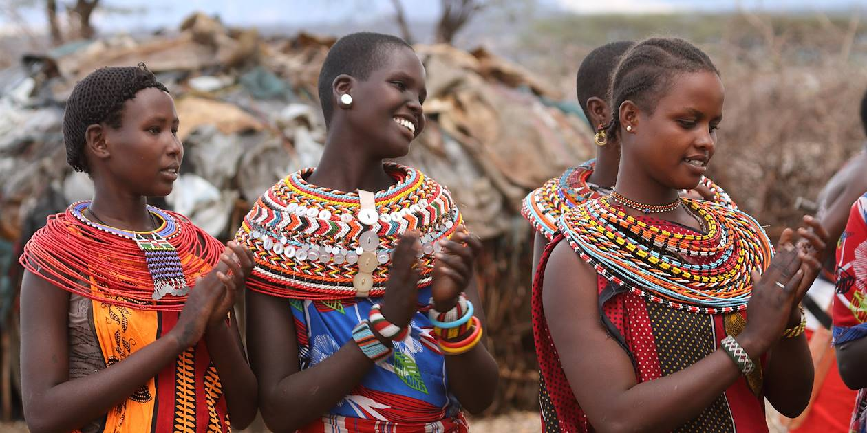 Femmes Samburu en costumes traditionnels - Kenya