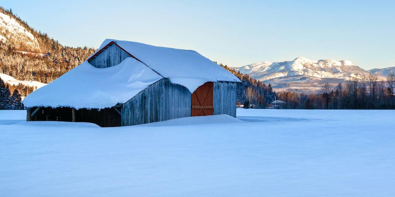 Vieille grange sous la neige - Québec-Charlevoix - Canada