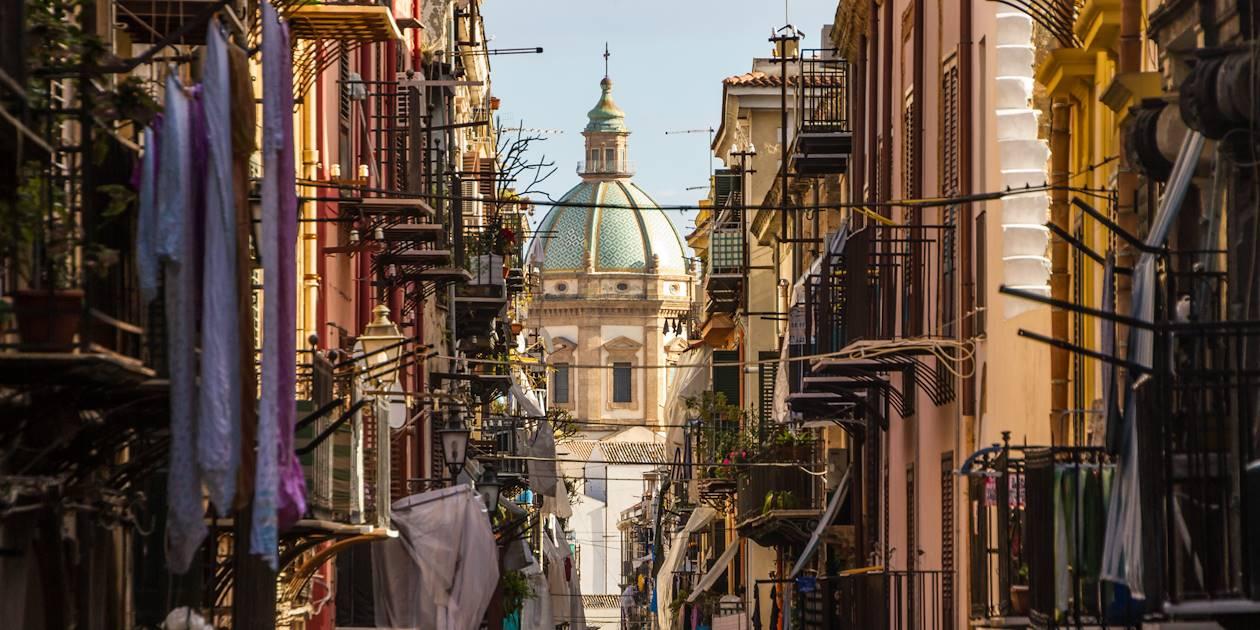 Dans les rues de Palerme - Région Sicile - Italie