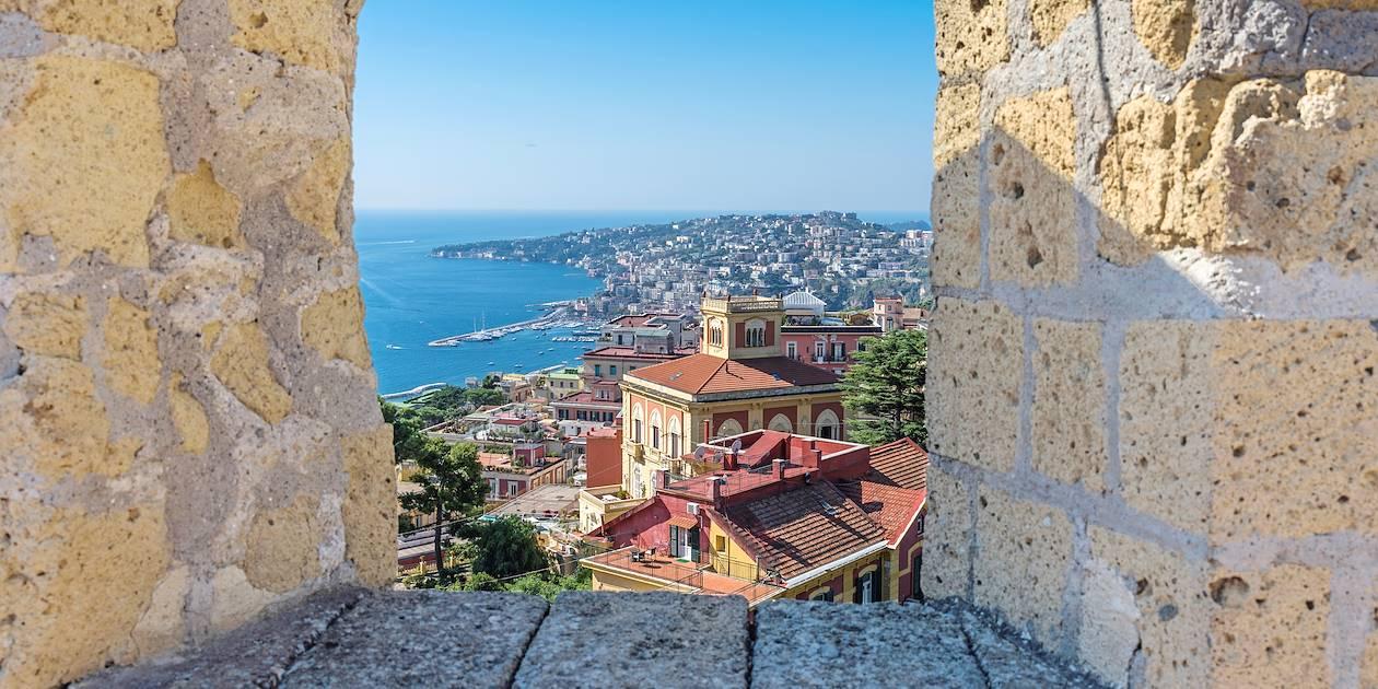 Vue sur la ville depuis le Castel Sant'Elmo - Naples - Italie