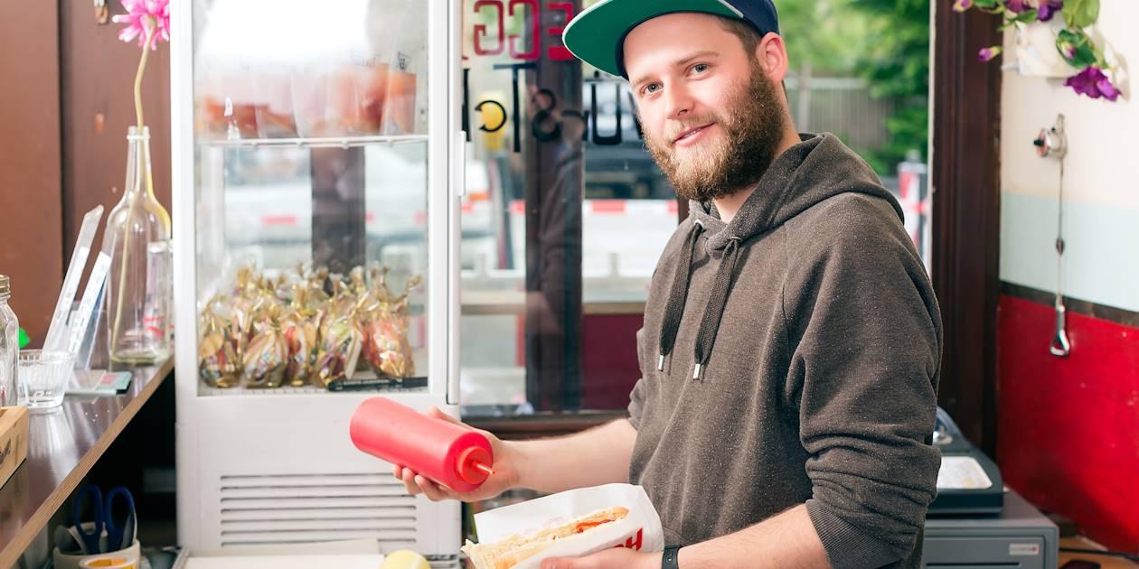 Préparation de hot dog - New York - Etats-Unis
