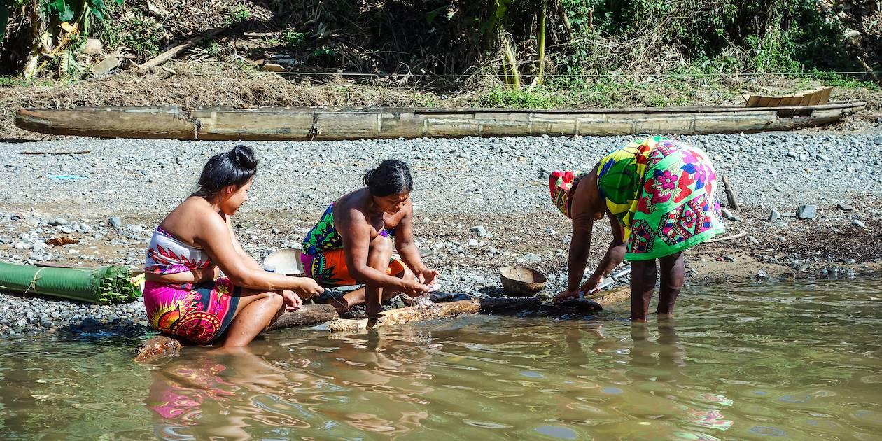 Rencontre avec les indiens Emberas dans le Parc National de Chagres - Panama