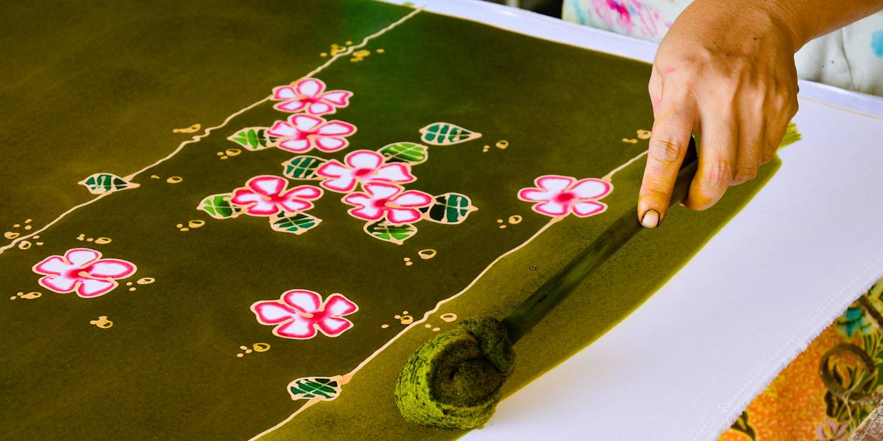 Fabrication traditionelle du batik - Java - Indonésie