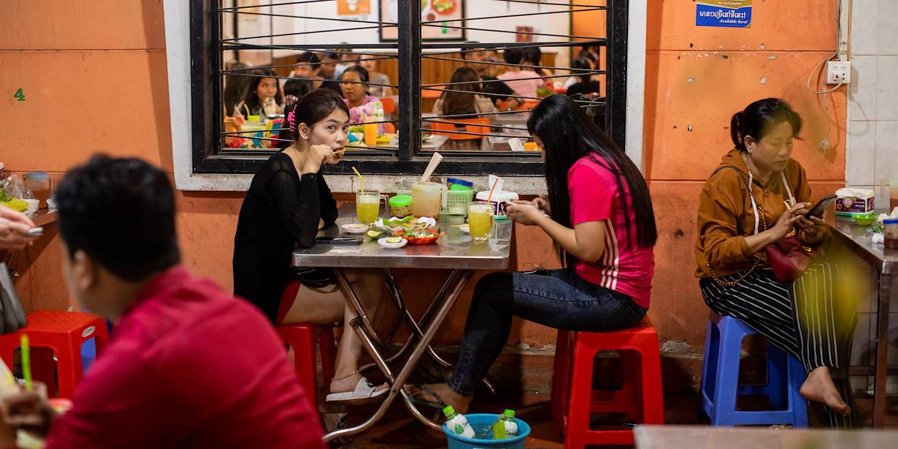 Terrasse d'un restaurant à Phnom Penh - Cambodge