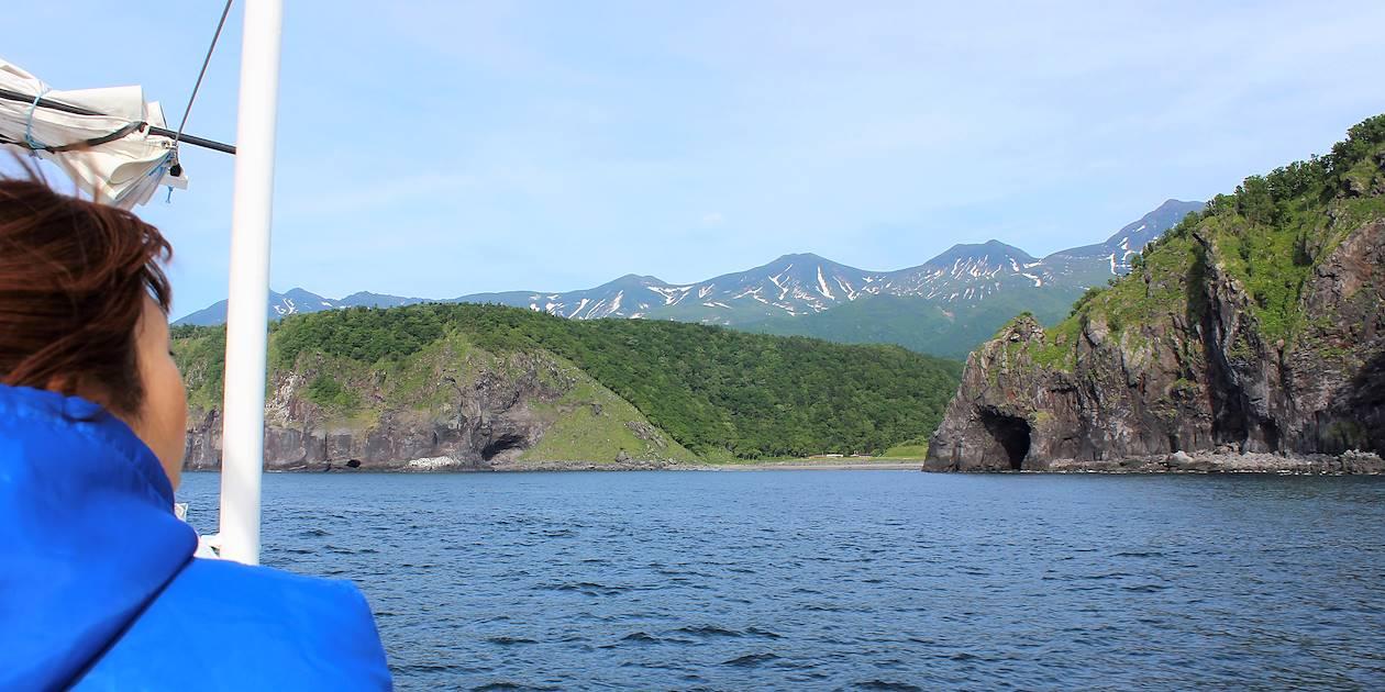 Vue en bateau sur la côte de Shiretoko - Shiretoko - Hokkaido - Japon