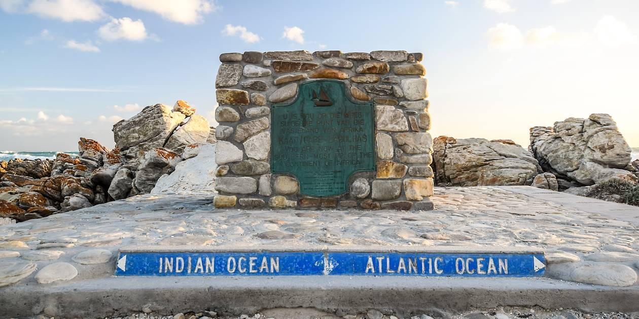 Point de rencontre entre l'océan Indien et l'océan Atlantique - Cap des Aiguilles - Afrique du Sud