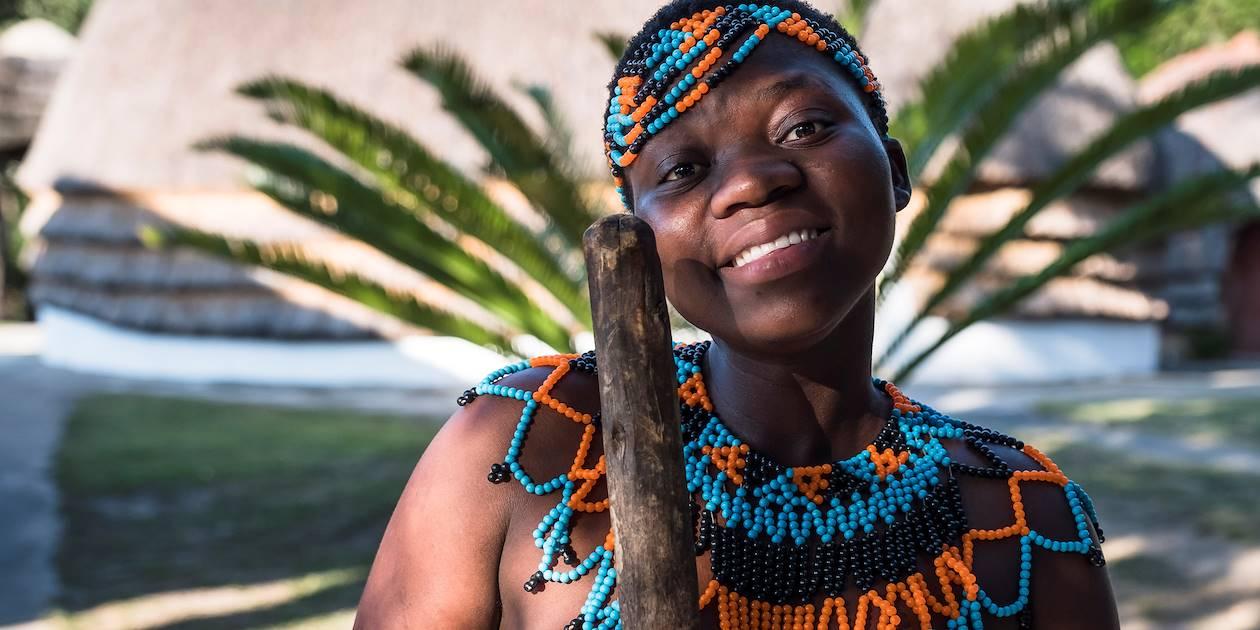 Femme d'un village Zoulou - KwaZulu Natal - Afrique du Sud