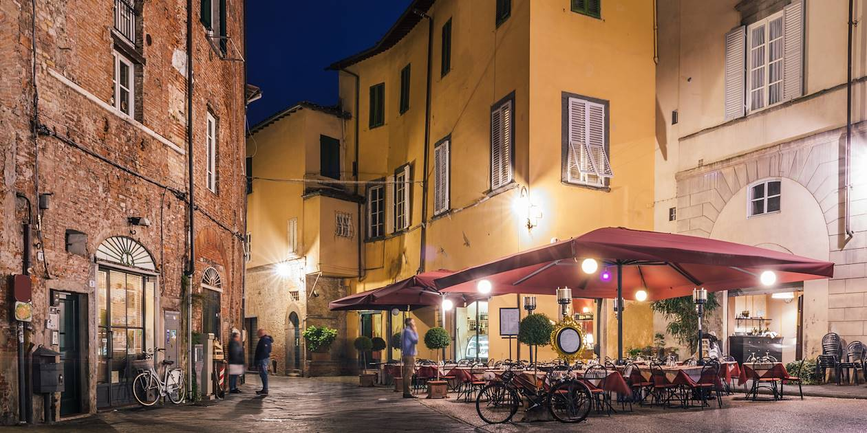 Dans les rues de Lucques - Toscane - Italie