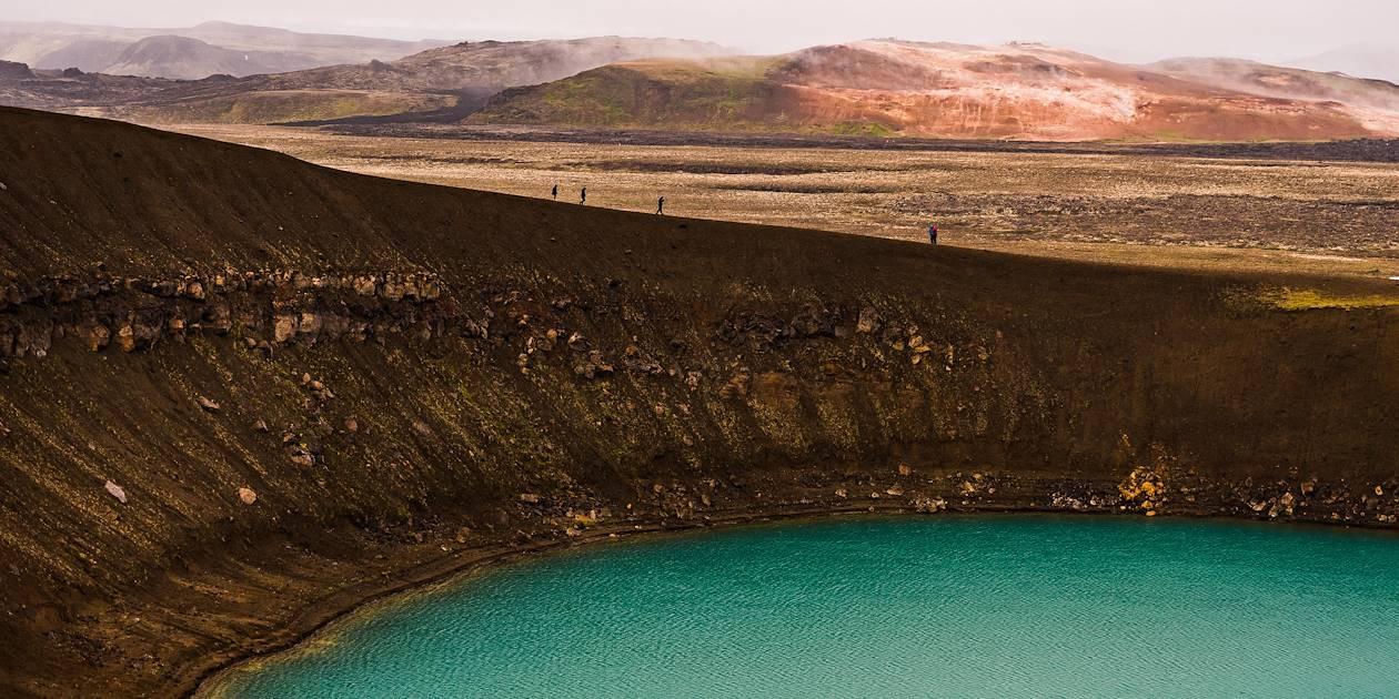 Cratère et lac de Krafla Viti - Nord-Est-  Islande