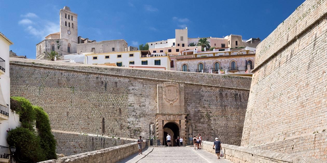La citadelle, dans la ville haute - Ibiza - Les Baléares - Espagne