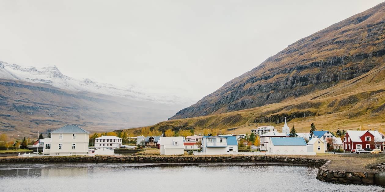 Village de pêcheurs sur la côte Est - Islande