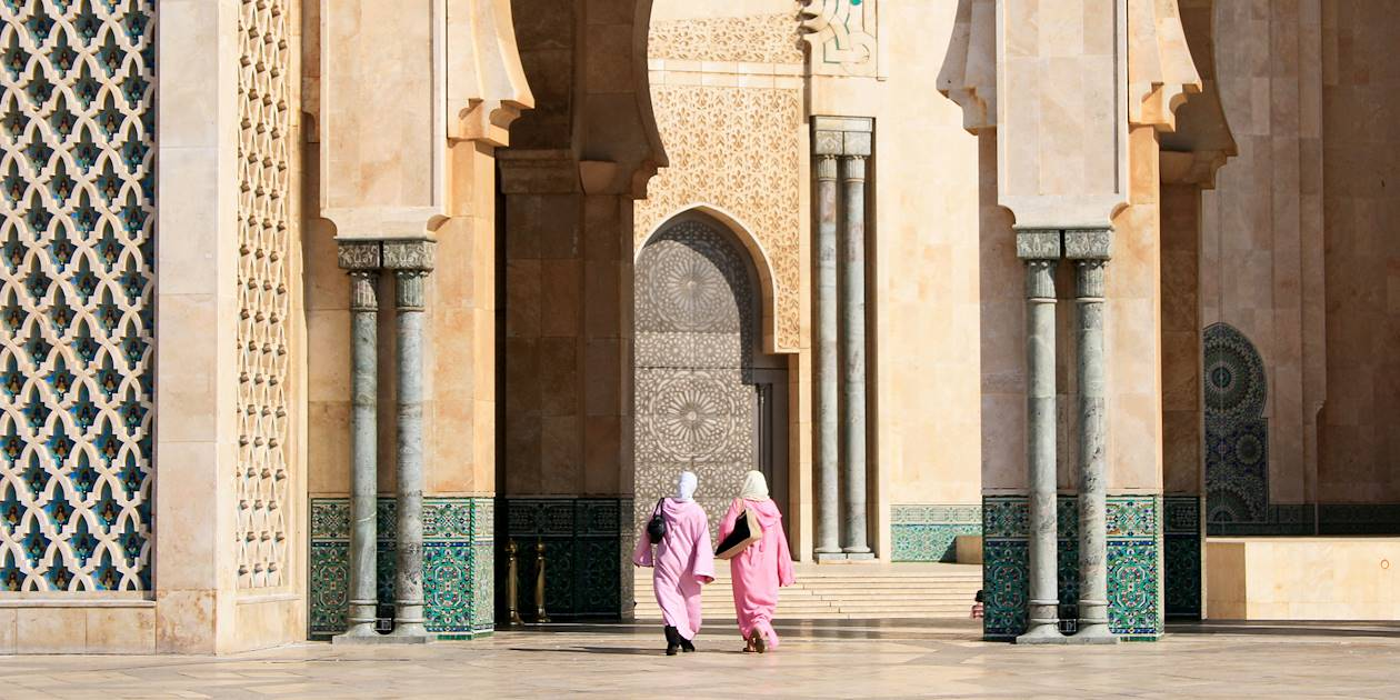 Femmes dans la Mosquée Hassan II - Casablanca - Maroc