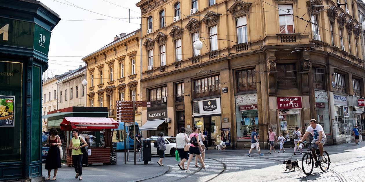 Dans les rues commerçantes de Zagreb - Croatie