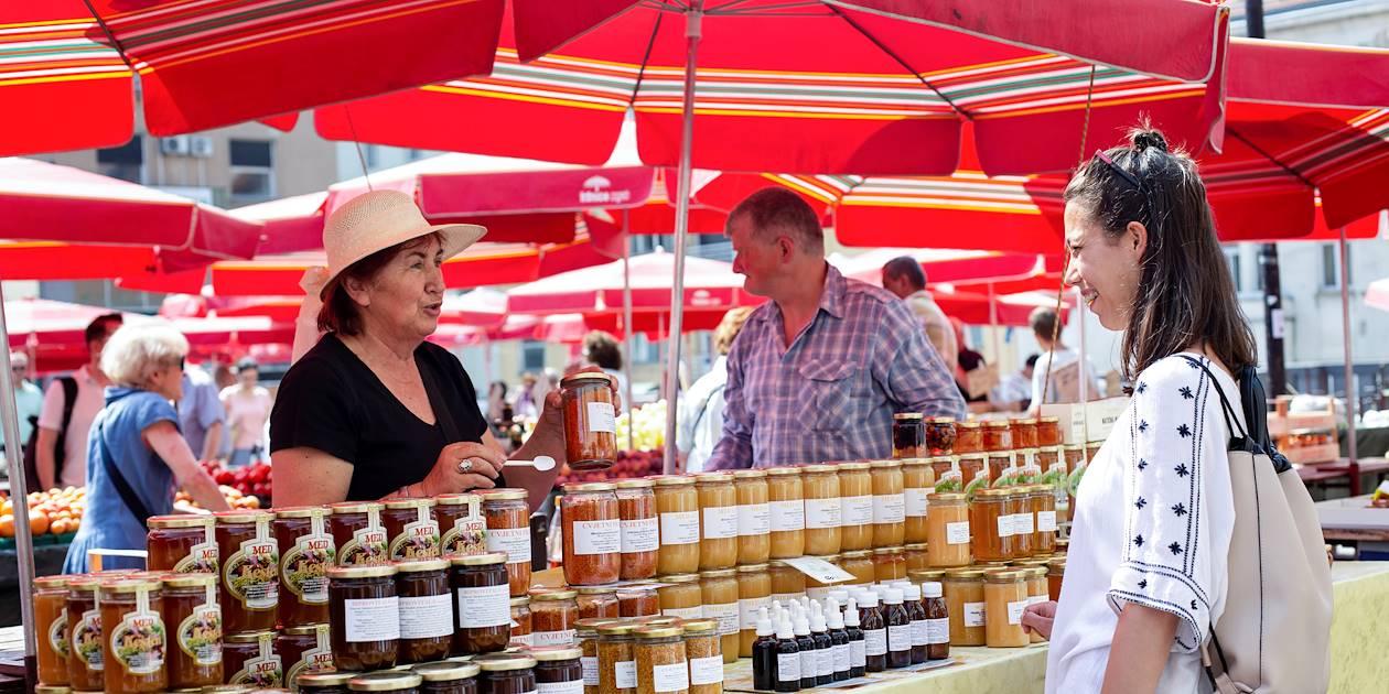 Balade gourmande au marché Dolac de Zagreb - Croatie