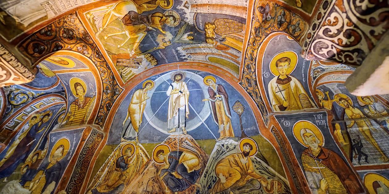 Intérieur de l'Eglise Sombre à Göreme - Cappadoce - Turquie