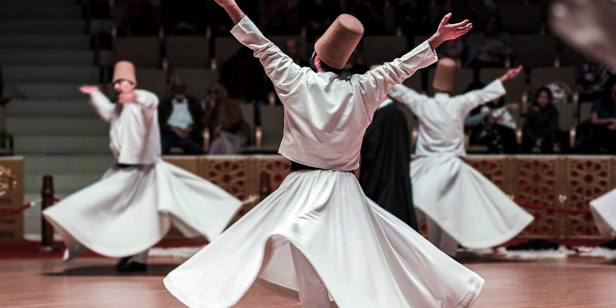 Derviches tourneurs à Konya - Turquie