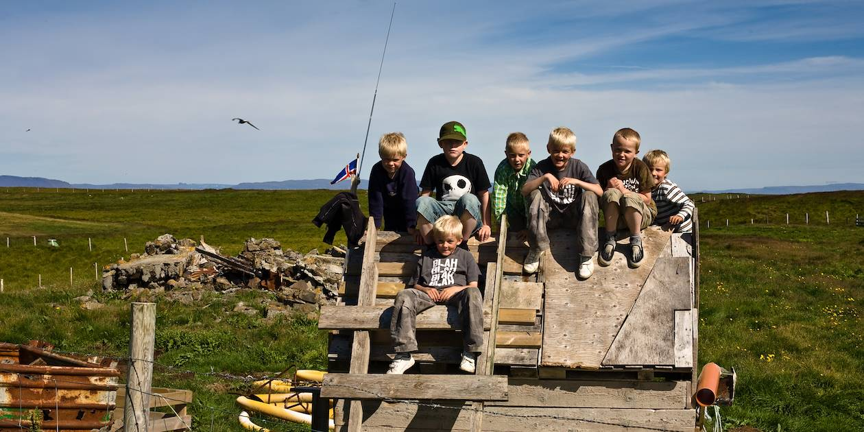 Têtes blondes du village - Flatey - Islande