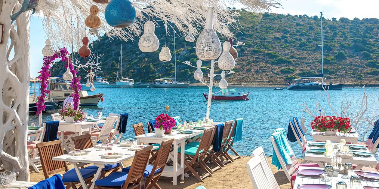 Terrasse d'un restaurant, près de la Mer Egée  - Bodrum - Turquie