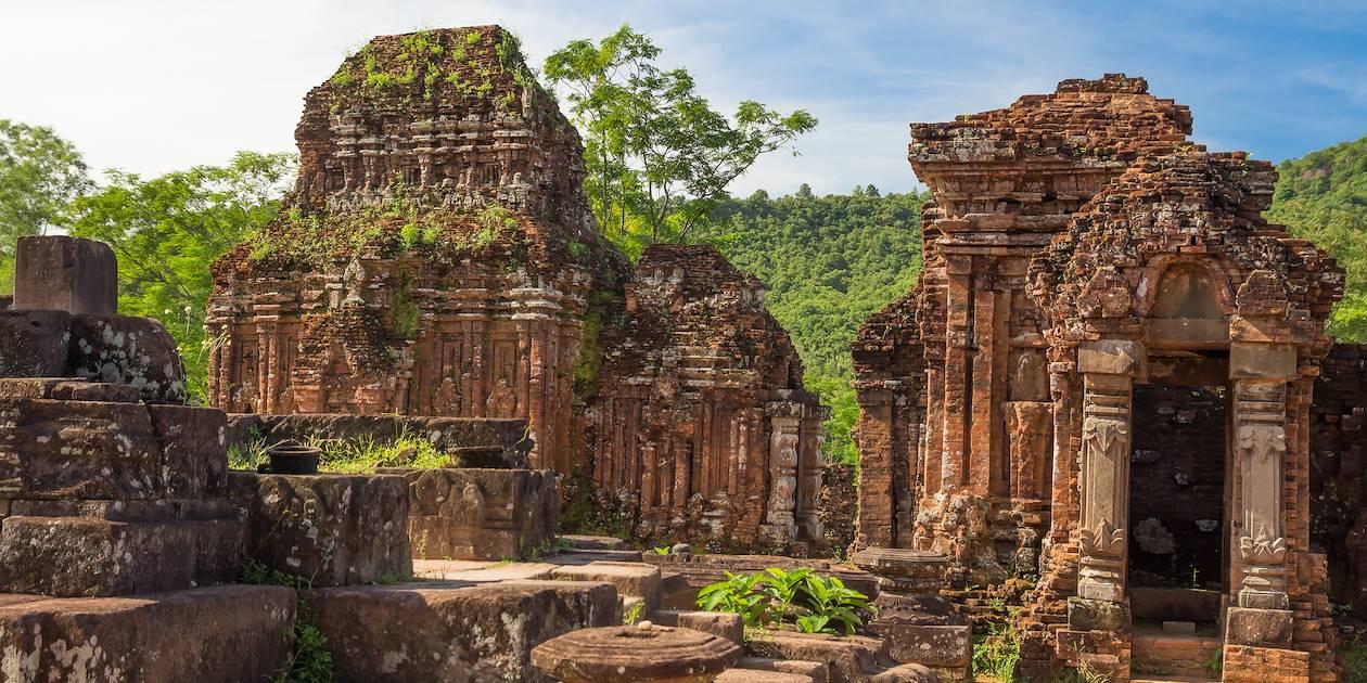 Le sanctuaire de My Son sur les hauts plateaux - Vietnam