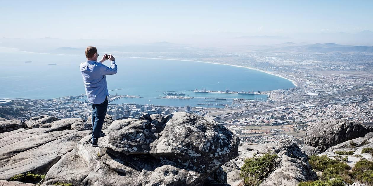 Panorama sur la ville et la baie depuis la Montagne de la Table - Le Cap - Afrique du Sud