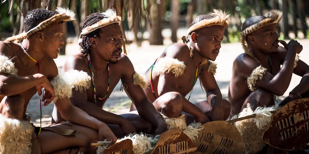 Reconstitution de la vie traditionnelle dans un village Zoulou - Dumazulu - KwaZulu-Natal - Afrique du Sud