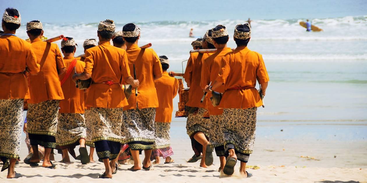 Cérémonie de crémation - Bali - Indonésie