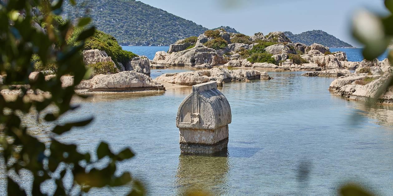 Tombeau lycien près de l'île de Kekova - Turquie