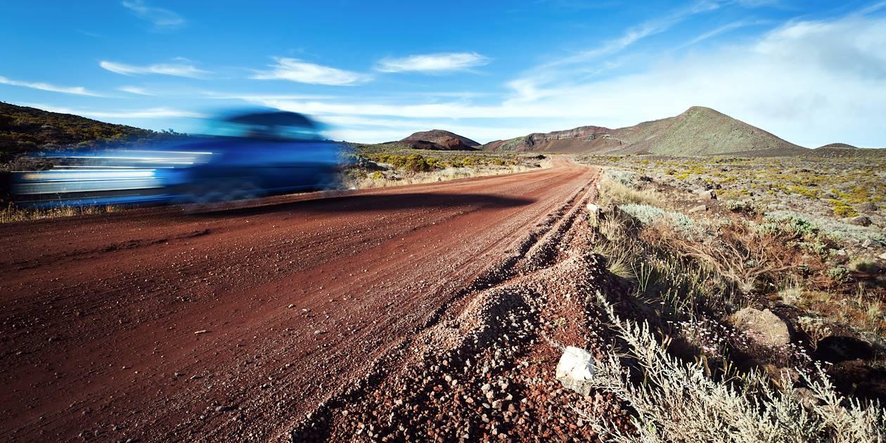 Sur le route du volcan - Île de la Réunion