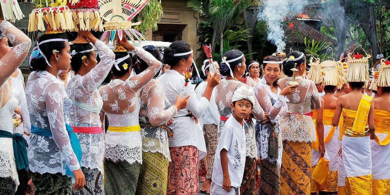 Procesion à Ubud - Bali - Indonésie