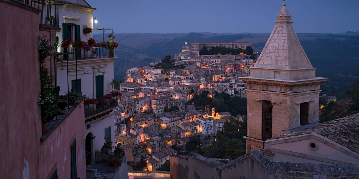 Raguse, de nuit - Sicile - Italie