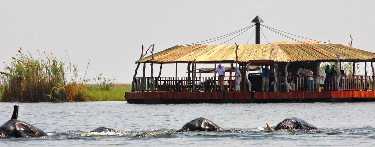 Le Raft Floating Restaurant - Etsha 13 - Okavango Panhandle - Botswana