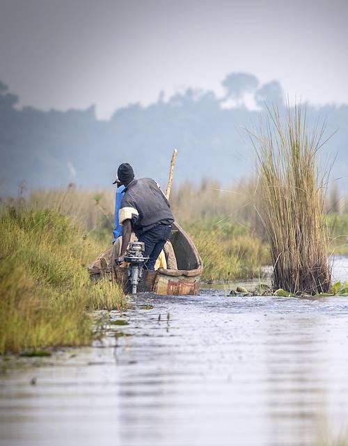Observation des oiseaux en bateau de pêche - Entebbe - Ouganda