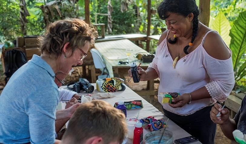 Atelier de peinture avec la communauté Boruca - Boruca - Vallée Centrale - Costa Rica