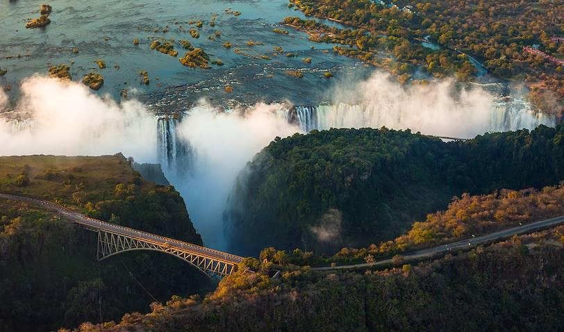 Vue aérienne des Chutes Victoria - Zimbabwe