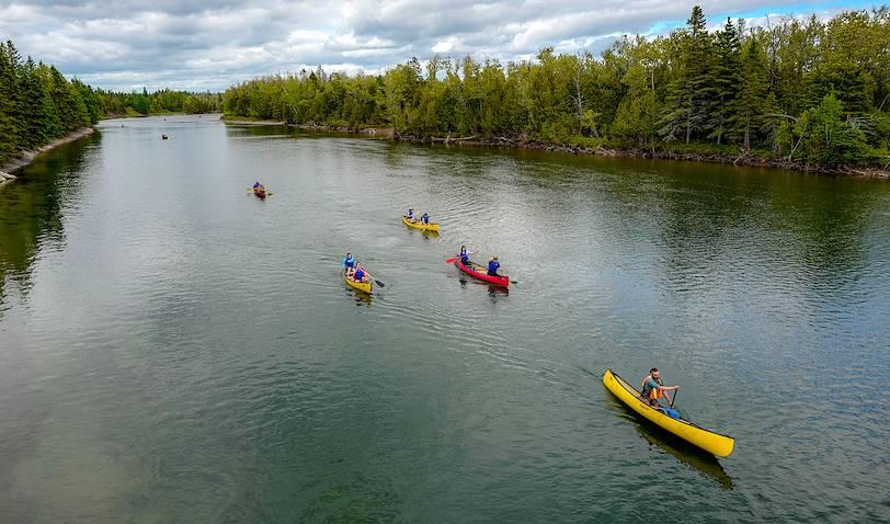 Descente de la Rivière Bonaventure en canoë - Bonaventure - Québec - Canada