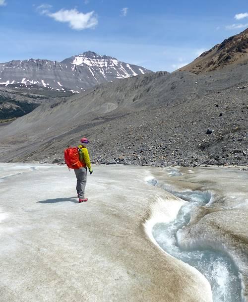 Marche sur le glacier Athabaska - Alberta - Canada