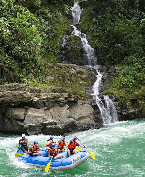 Rafting sur les rapides de la rivière Pacuare - Turrialba - Costa Rica